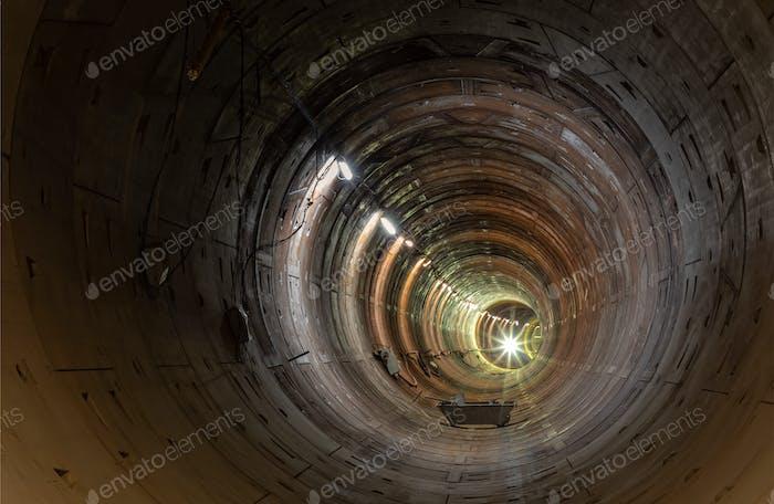 Neuer U-Bahn-Tunnel ohne Schienen