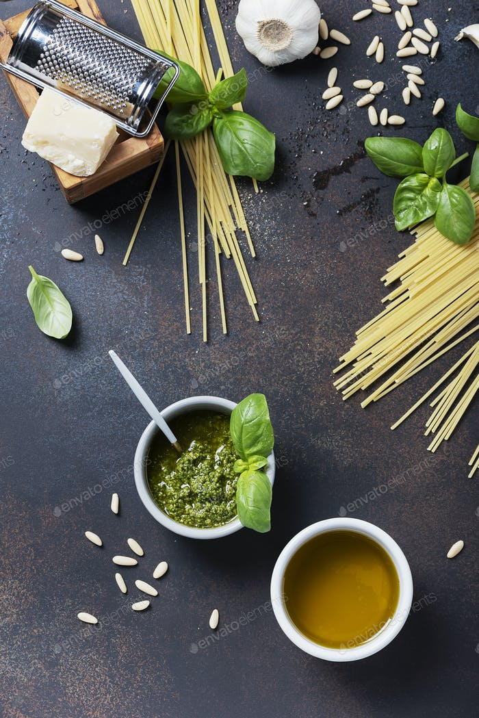 Condiments for cooking italian pasta