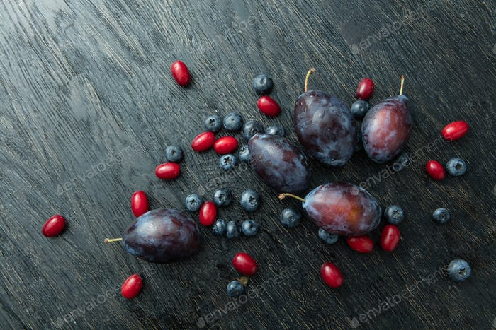 bunch of delicious ripe berries