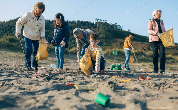 Volunteers cleaning the beach
