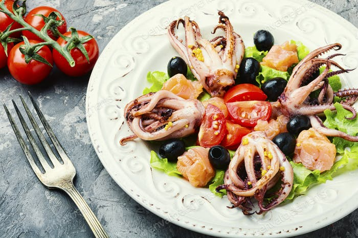 Salad with squid and seafood