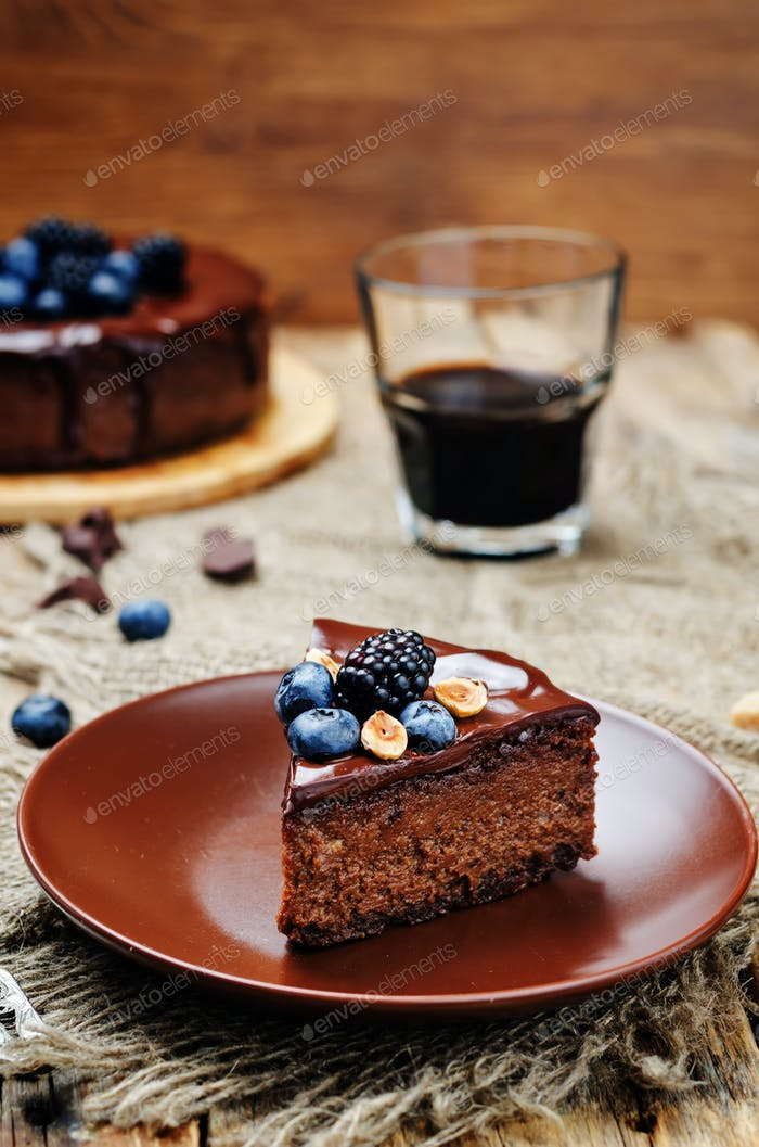 Chocolate hazelnut cake cheesecake