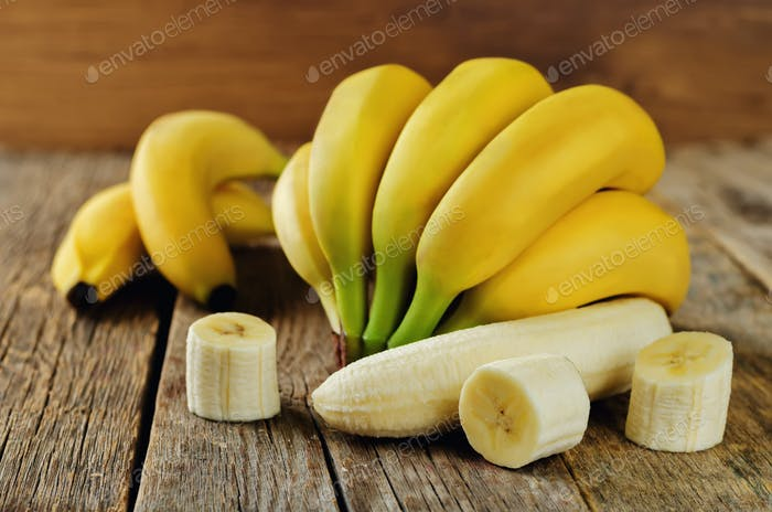 Banana with slices