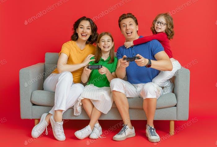 Familia feliz jugando Vídeo