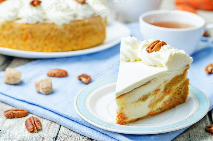 carrot cake cheesecake with pecan