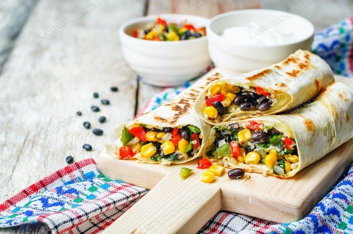 pepper corn black bean quinoa burritos