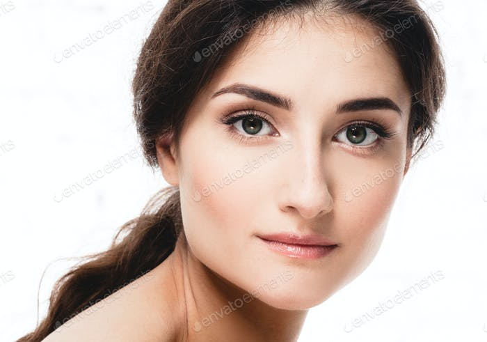 Beautiful woman face close up eyes beauty
