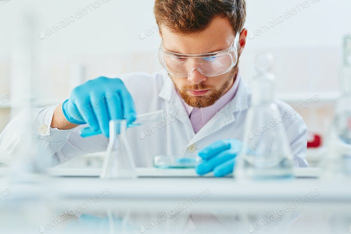 Occupation of microbiologist