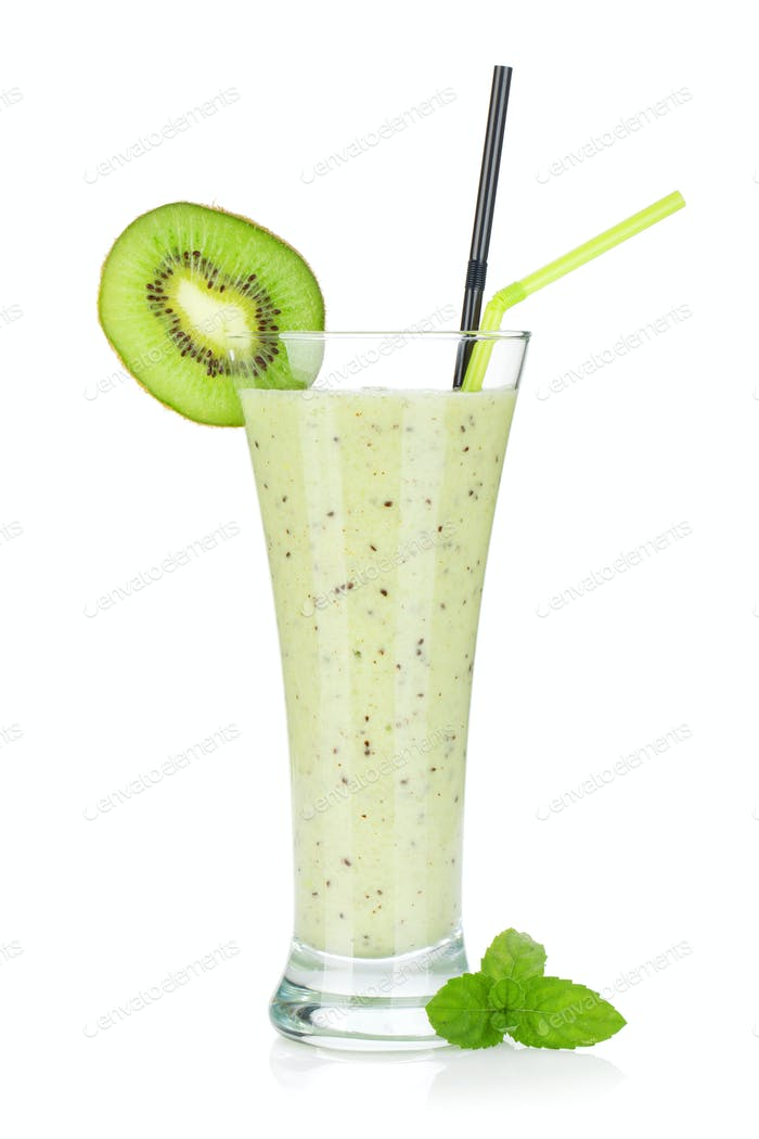Kiwi milk smoothie with mint