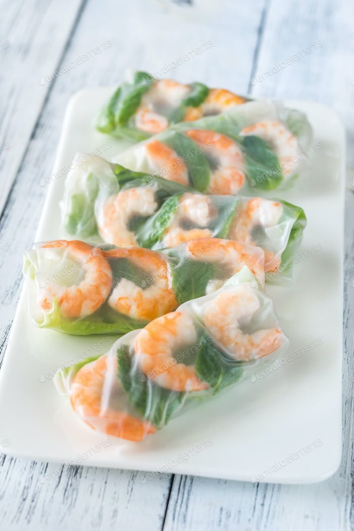 Shrimp rice paper rolls