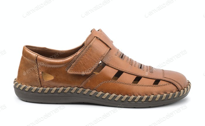 Single men's brown leather sandal