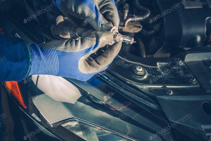 Replacing Car Headlamp Bulb