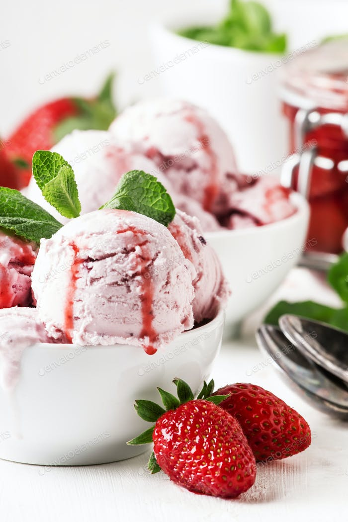 Strawberry ice cream with jam topping