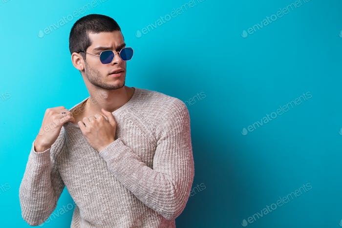 Handsome man  portrait wearing sunglasses