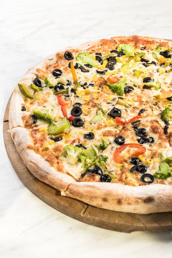 Vegetarian pizza, freshly baked in restaurant