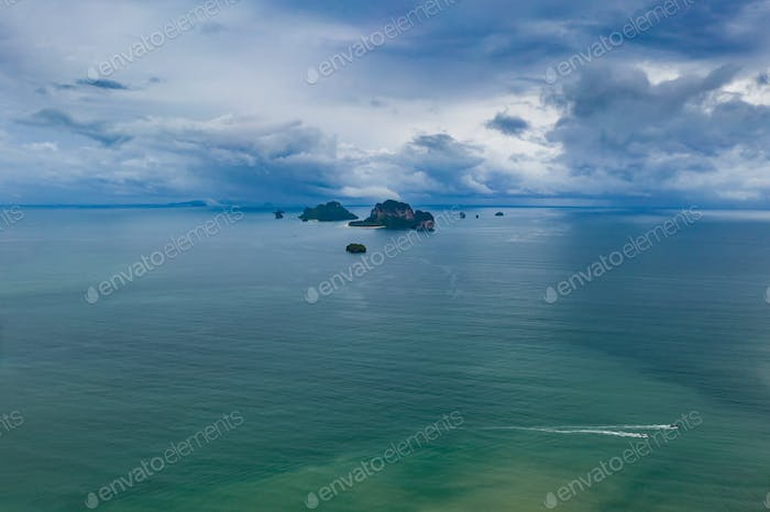 Drone view of tropical islands in the Andaman sea, Krabi, Thaila