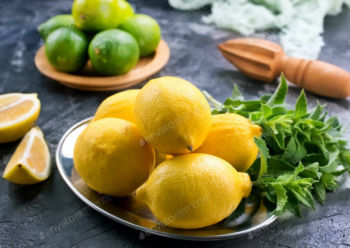 lemons with mint