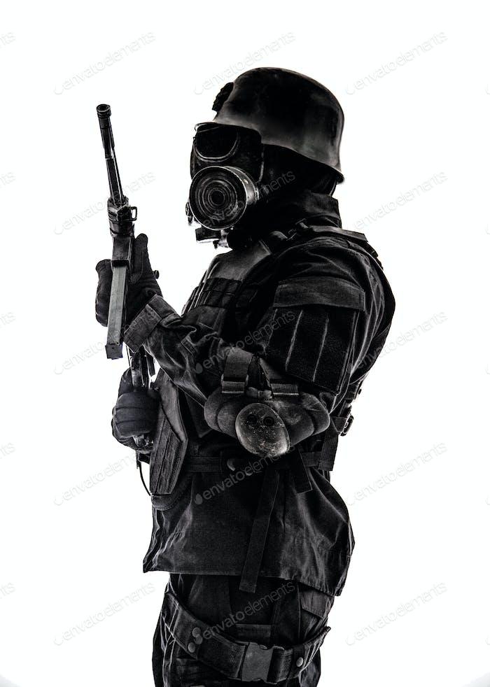 Футуристический нацистский солдат сторожевой