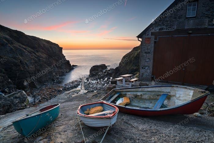 Boote bei Church Cove