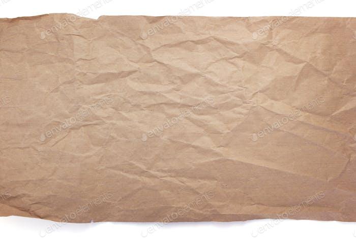 faltenes oder zerknittertes Papier auf weißem Hintergrund