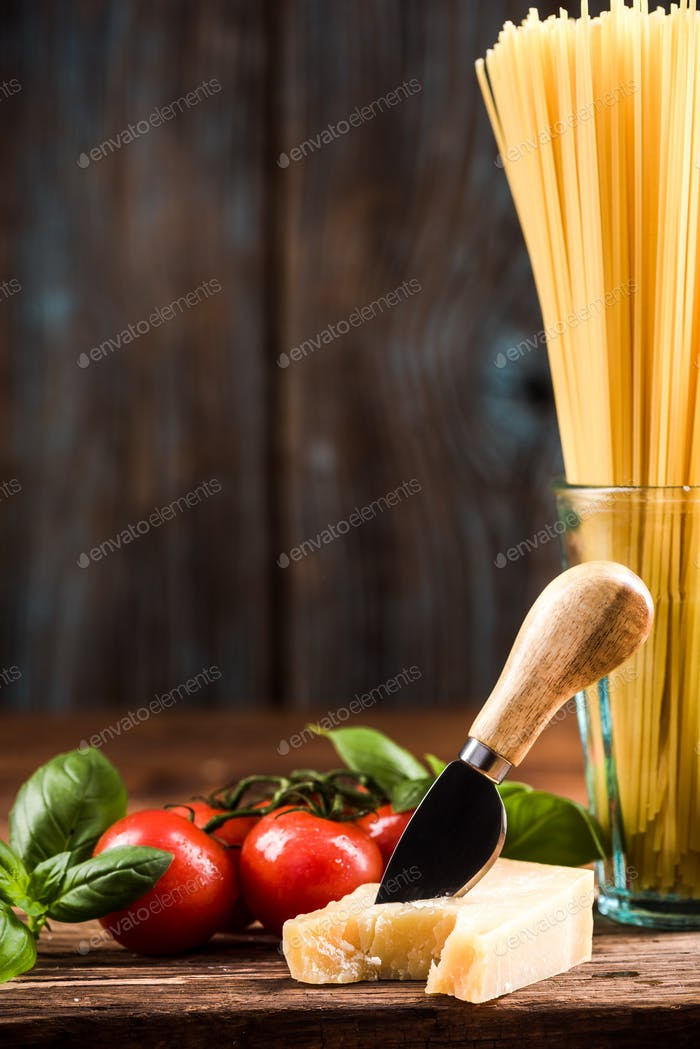 Fresh ingredients for Italian spaghetti pasta