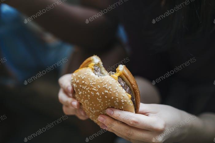 A big and juicy cheeseburger