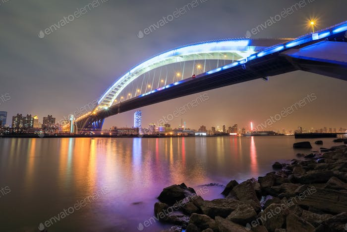 beautiful shanghai lupu bridge at night