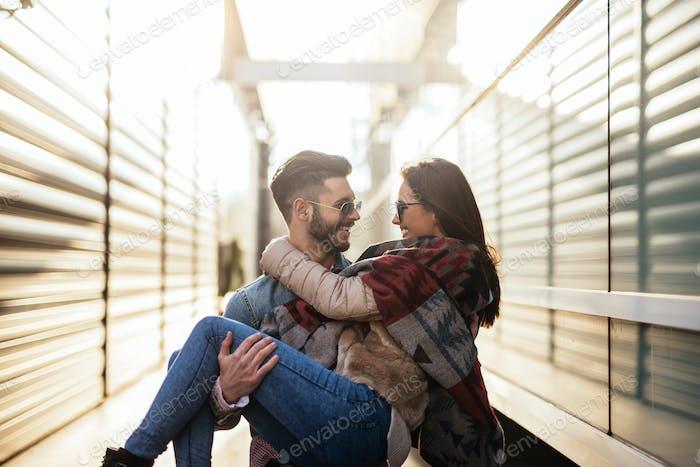 La alegría de estar enamorado