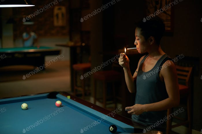Smoking player