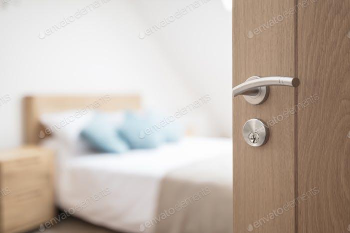 Гостиничный номер или апартамент дверной проем