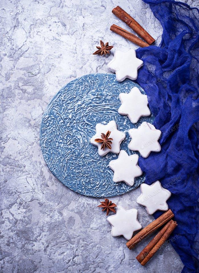 Lebkuchenkekse in Form von Stern