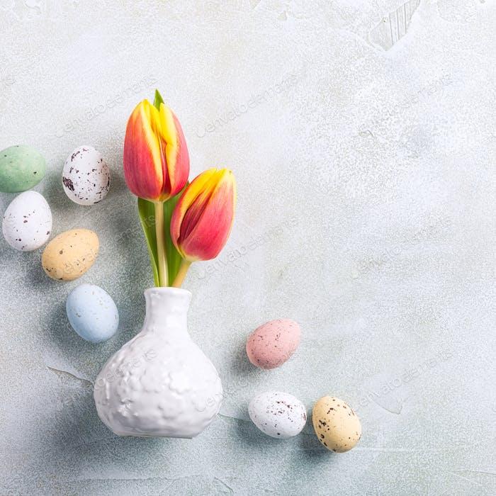 Ostern Komposition mit Frühlingstulpen