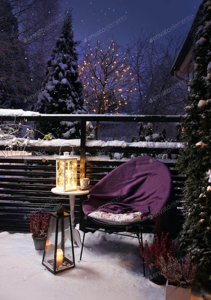 Winter garden evening Christmas feeling