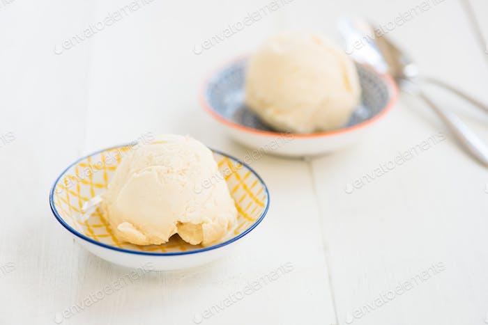 Hausgemachtes Vanilleeis