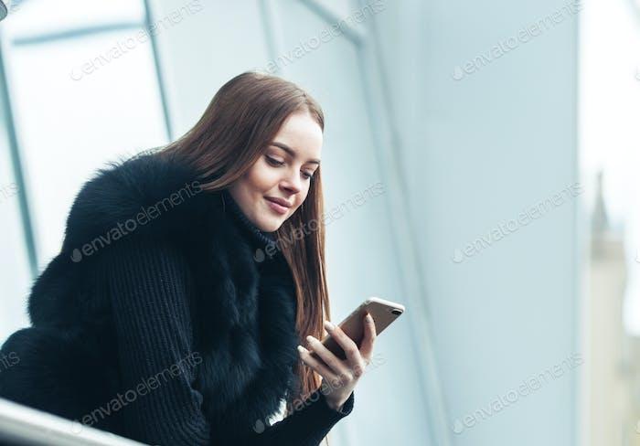 Winter Schöne Frau Stadt Porträt kalte Zeit