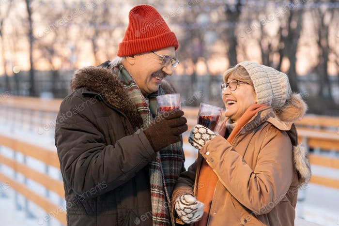 Couple drinking mulled wine