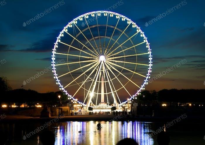 Ferris wheel and Seine