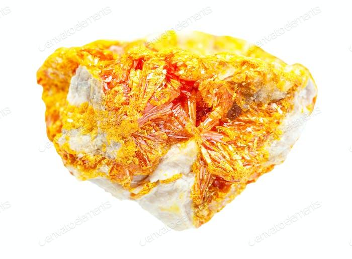 Druse von Orpiment Kristallen auf Gestein isoliert