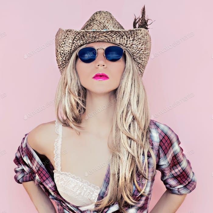 fashion cowboy  style  girl