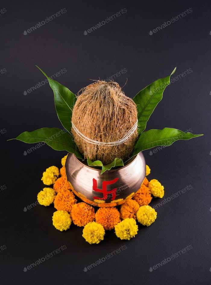 Kupfer Kalash dekoriert für Hindu Pooja
