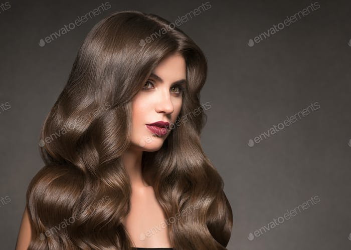 Hairte hairstyle model beauty woman long curly brunat