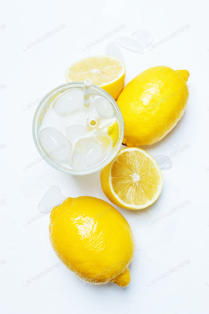 cold water with ice and lemon