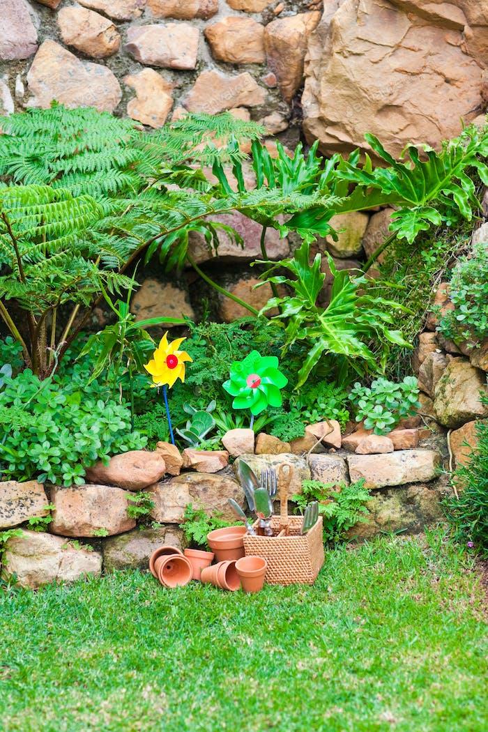 Garten mit Blumen