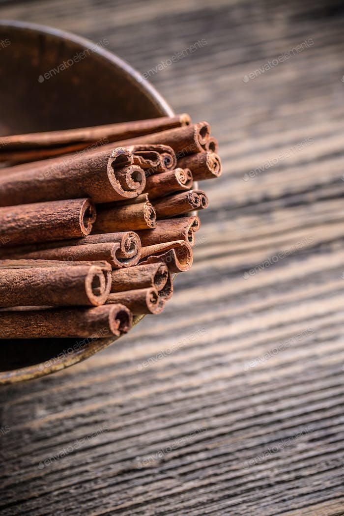 Fragrant cinnamon sticks
