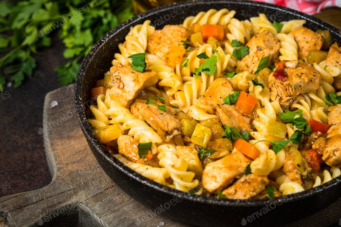 Pasta with Chicken and vegetables