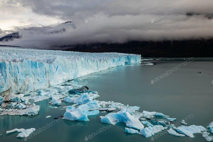 Gletscher Perito Moreno Nationalpark im Herbst. Argentinien, Patagonien