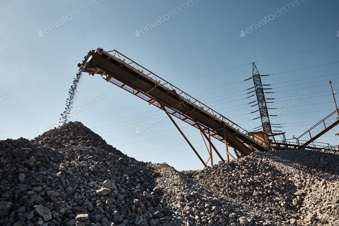 Conveyor belt on slag heap