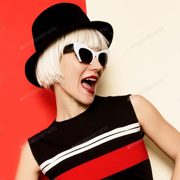Playfull Blonde Lady retro style Minimal Fashion