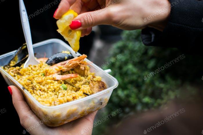 Street Food Spanische Meeresfrüchte Paella