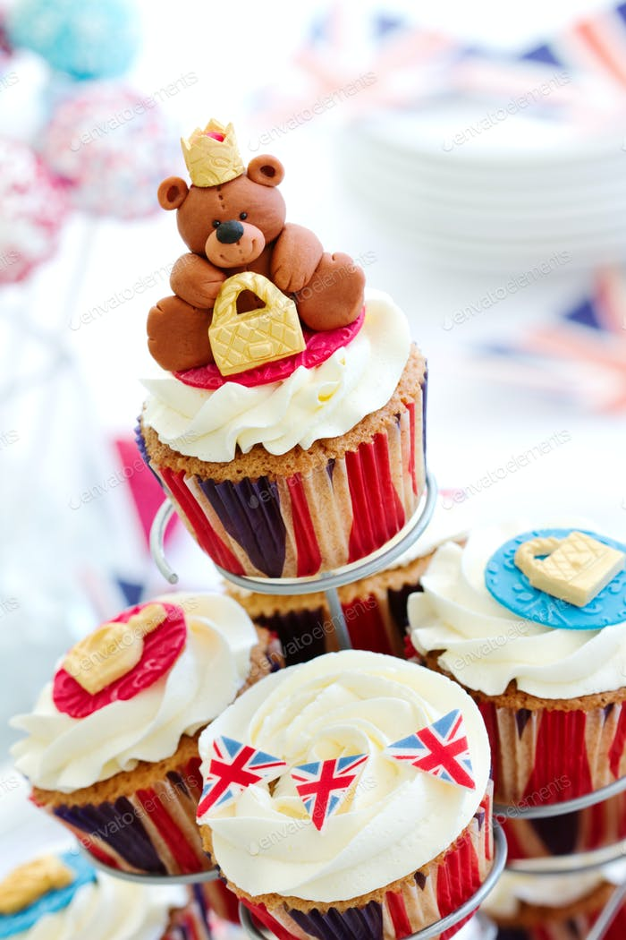Royal Jubilee cupcakes